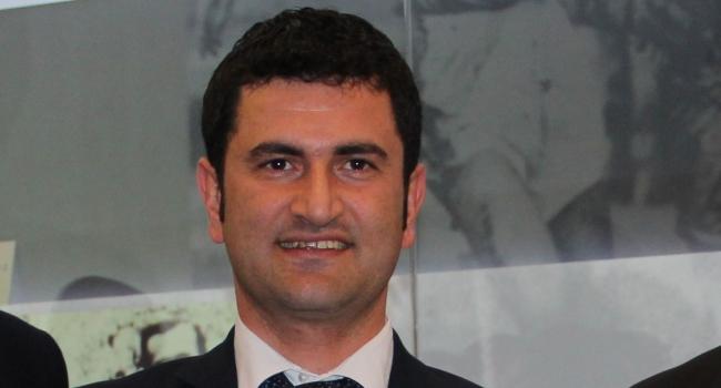 Türkiye İşitme Engelliler Federasyonu Başkanı Yakup Ümit KIHTIR, haberi Protokol Haber'de takip edebilirsiniz.
